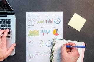 Az üzleti intelligencia és előnyei